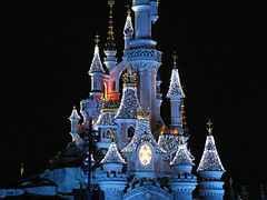 castillo situado en disnayland paris